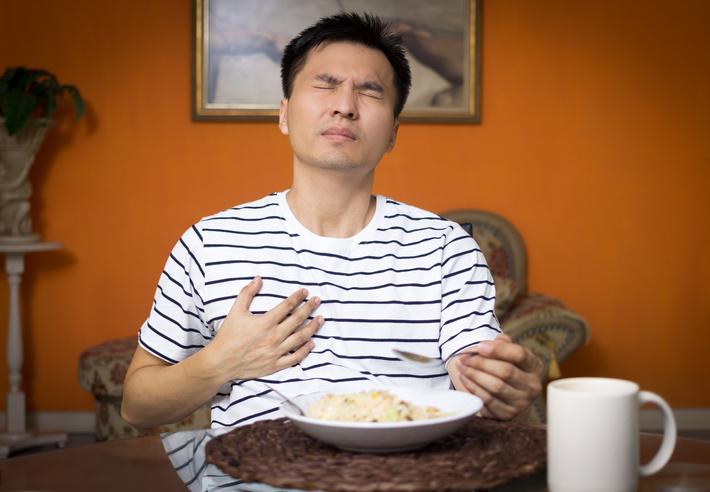 Difficulté à respirer après manger que faire